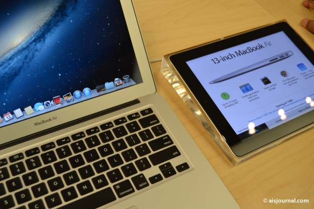 macbook air in Apple Store